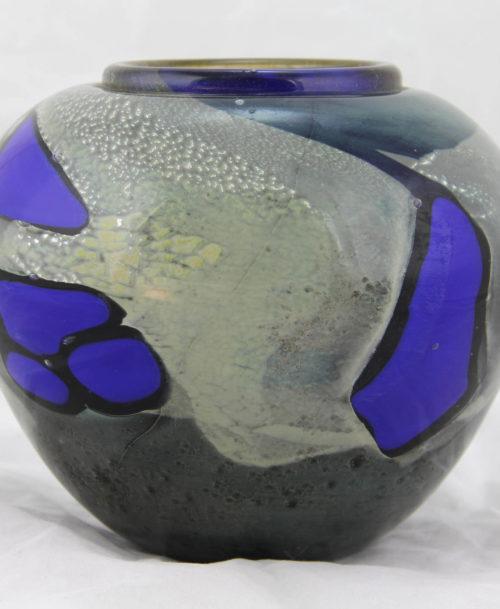 Vase gris et bleu