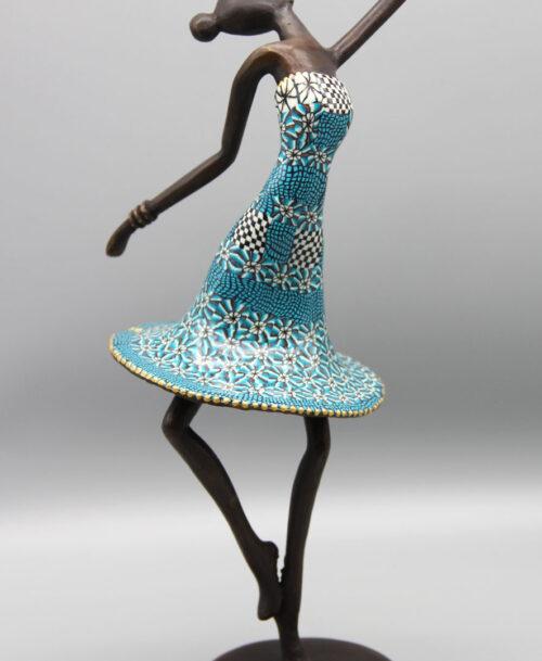 La grande danseuse au tutu bleu